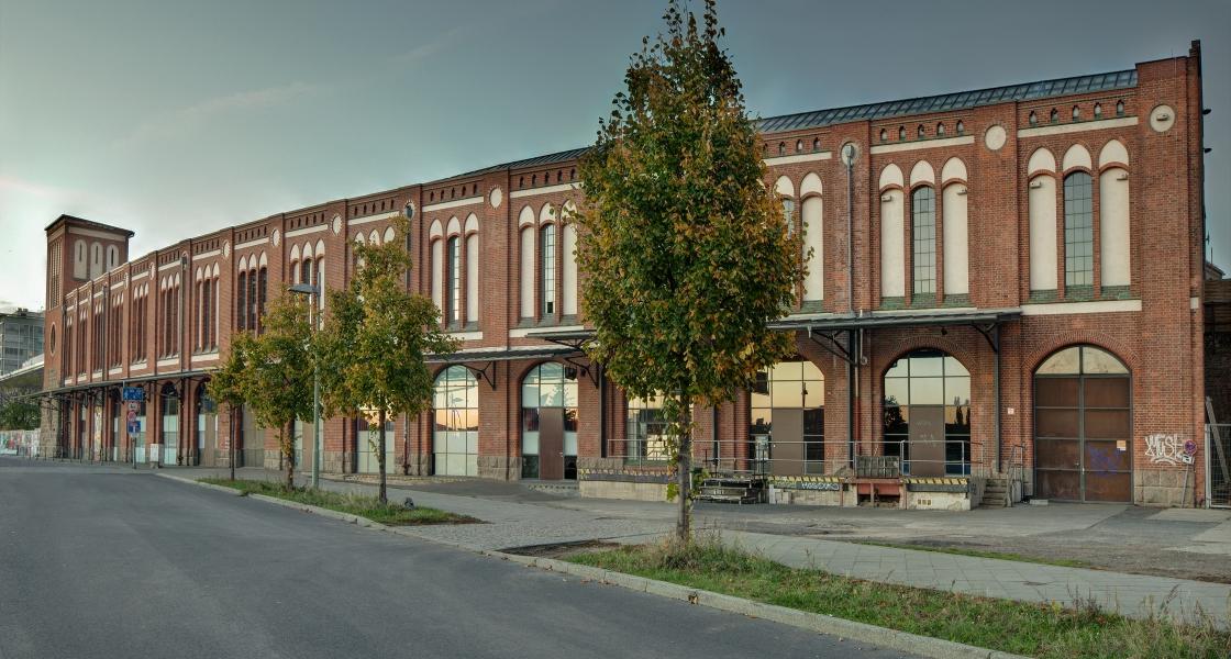 Postbahnhof_Seite