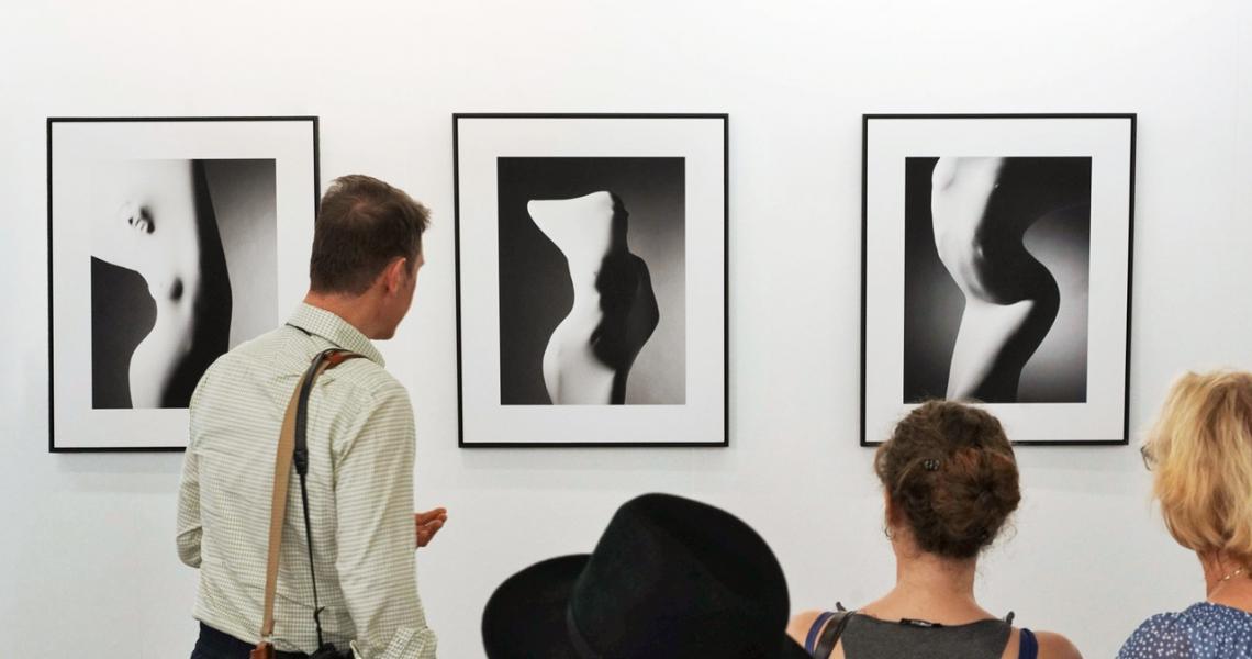 Fotokunst von Bree Corn präsentiert am Stand der bildpark gallery aus München