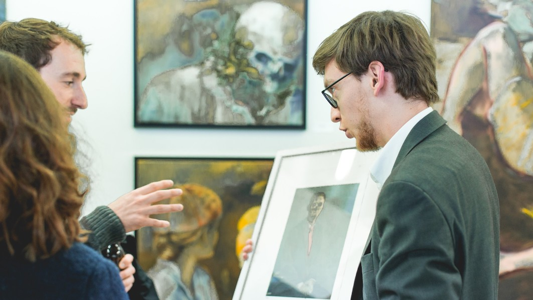 art gallery selling art at art fair