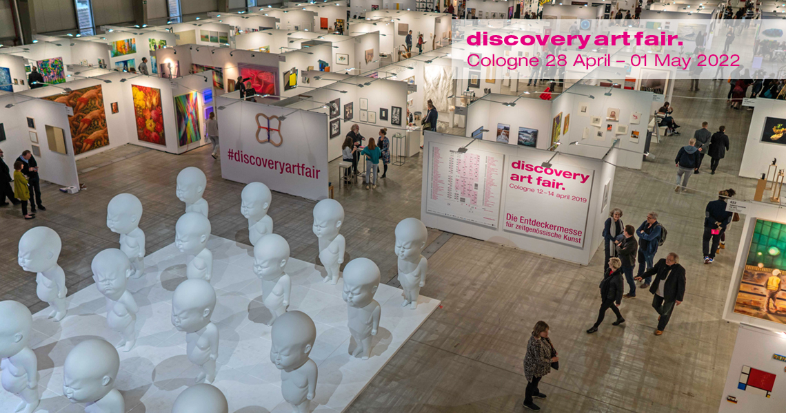 Entrance area of the Discovery Art Fair with sculptures by artist Viktor Freso